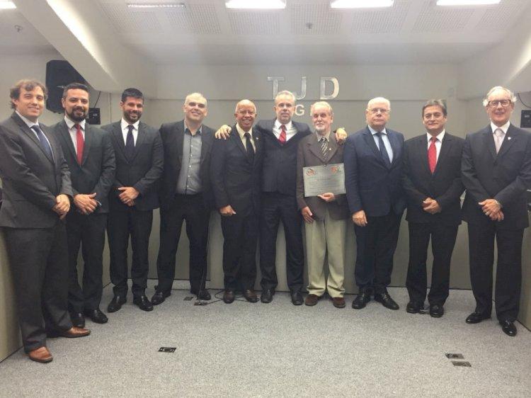 FGF e TJD prestam homenagem ao Dr. Peri Silveira